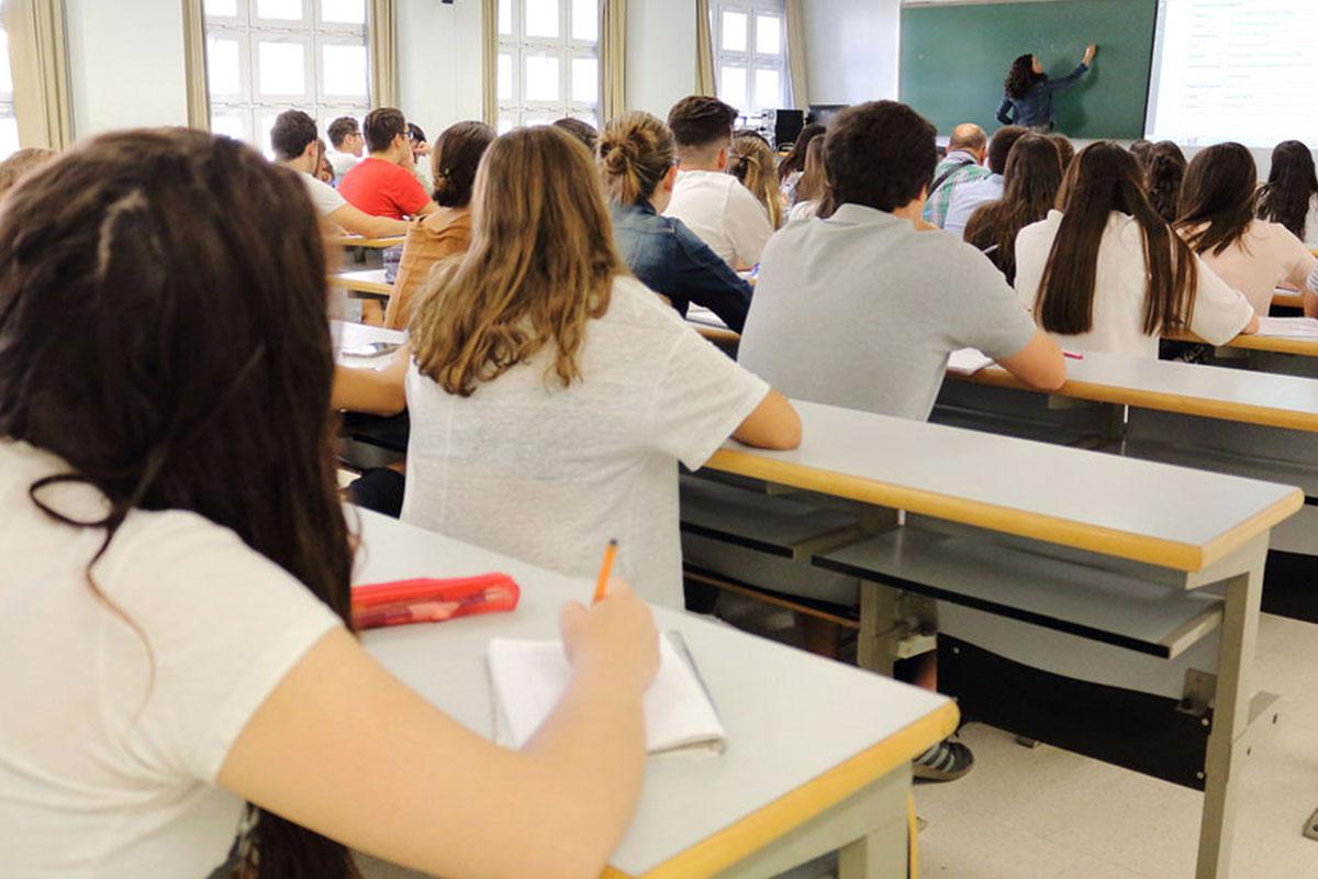 Las oposiciones a profesor tienen en vilo a la Educación
