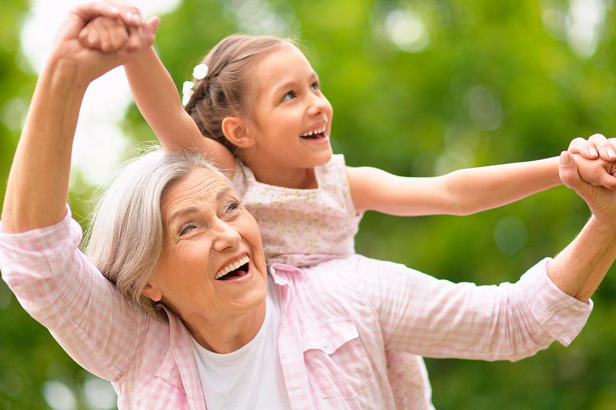 La importancia de la abuela materna en nuestras vidas