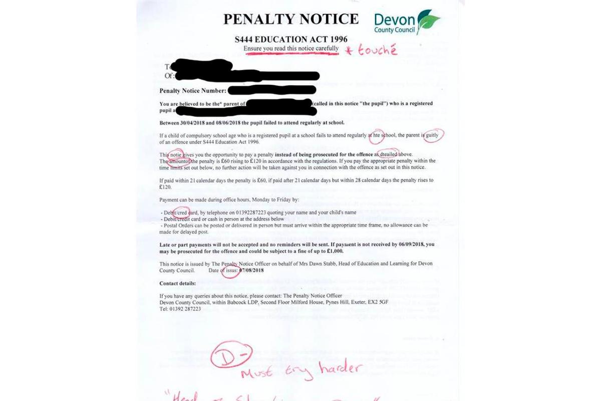 Recibe una carta absurda del colegio de su hijo y esta fue su respuesta