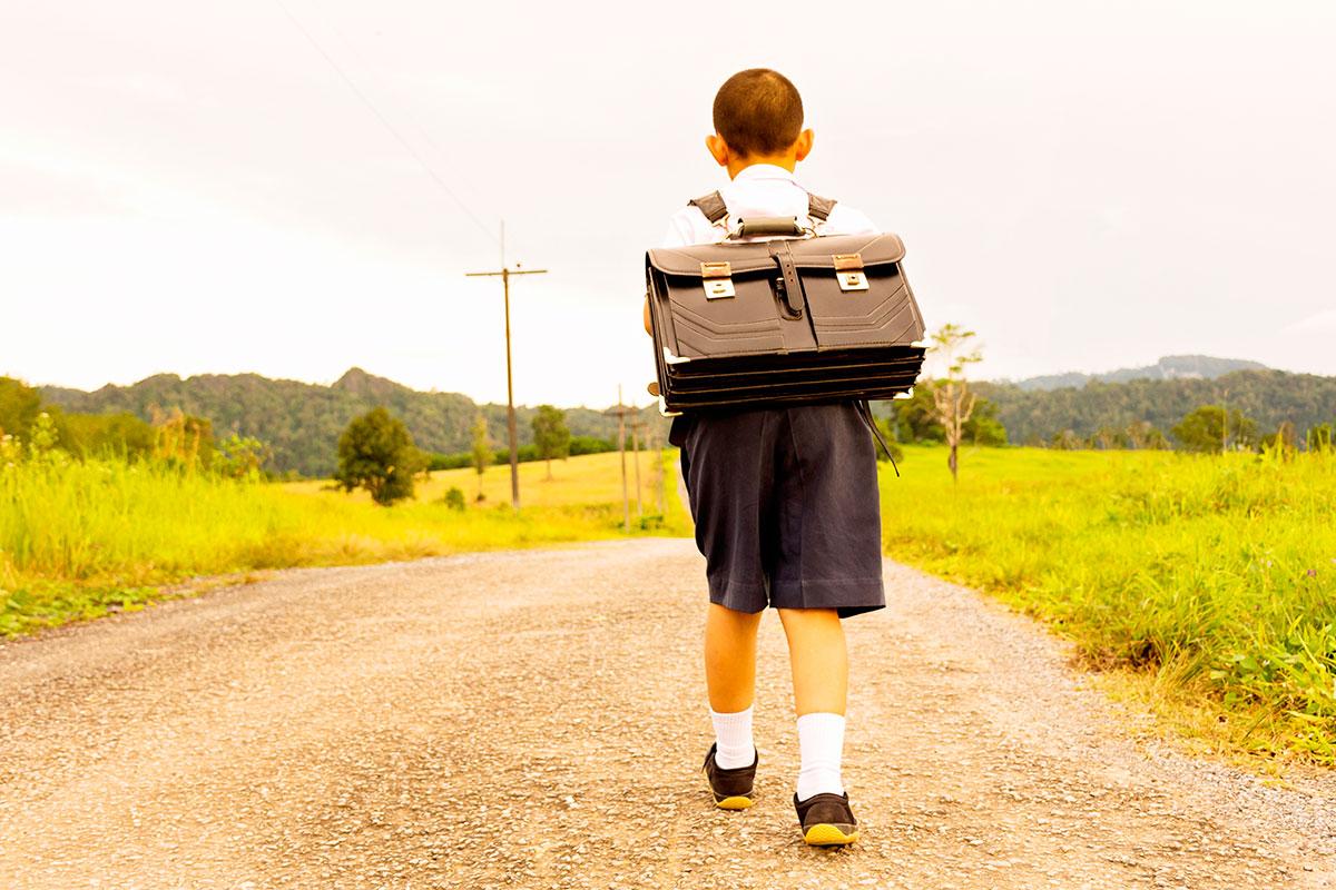 La comunidad educativa pide que el gobierno rescate la escuela rural